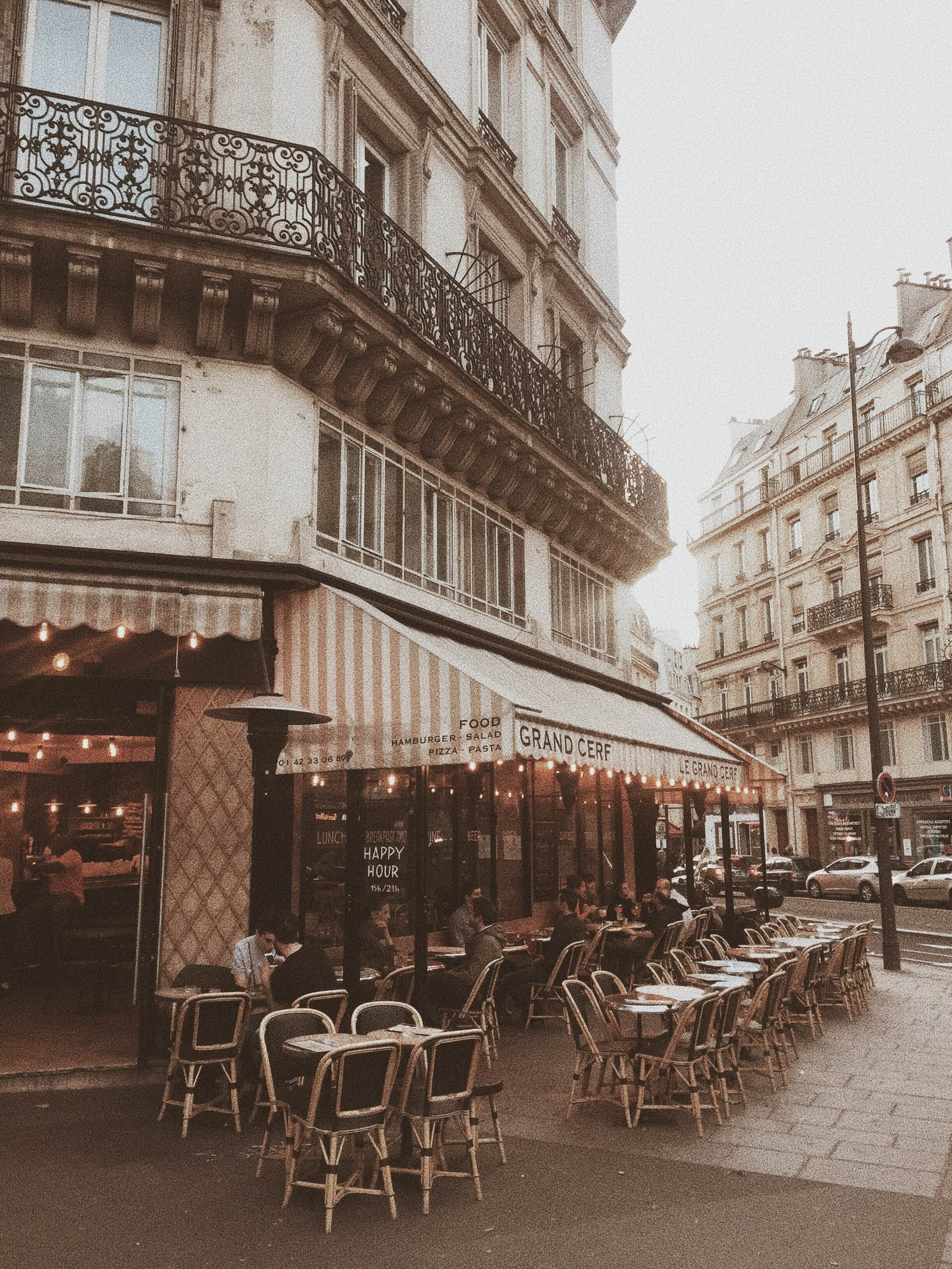 Sarah Loven - Jetsetlust.com // Le Grand Cerf Cafe // Paris Travel Guide: Where to Stay